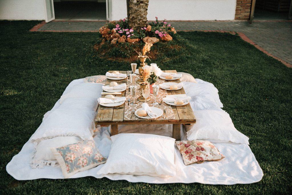 alejandro-onieva-fotografo-boda-granada-novia-mesas-detalles-decoracion