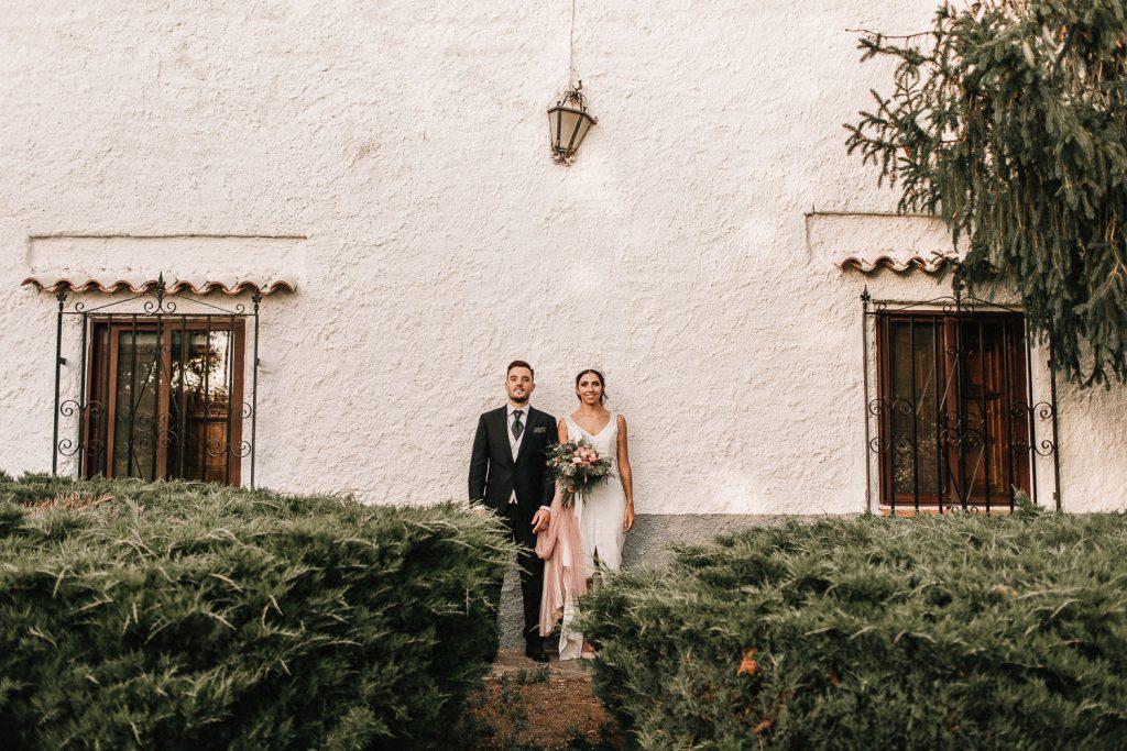 alejandro-onieva-alejandroonieva-boda-fotografo-granada-guadix-alcudia-albuñan-vestido-novia-cuebas-del-tio-tobas-novios
