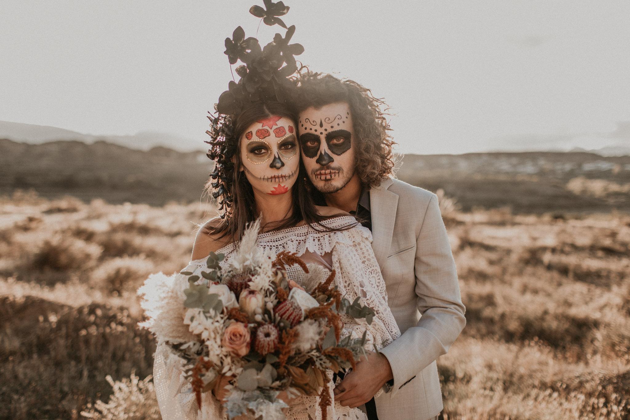 Hallowen couple boho